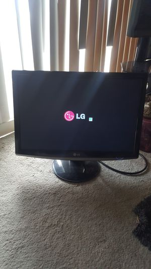 LG Flatron W2452T LCD LED wide Monitor for Sale in Orland Park, IL