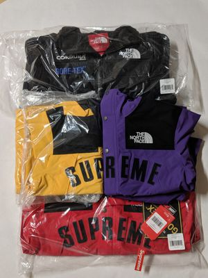 DS Supreme Red TNF Arc Logo Parka M for Sale in Los Angeles, CA