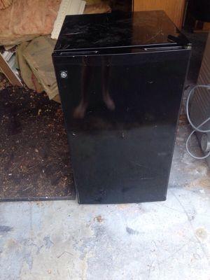 Black mini fridge for Sale in Caledonia, MI
