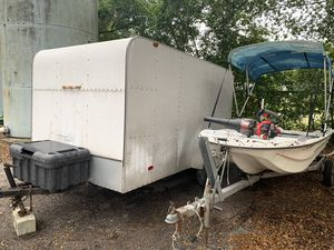 2013 14ft long x 7ft wide x 6ft tall enclosed trailer. for Sale in Tampa, FL