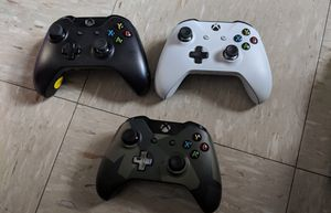 Xbox One Wireless Controllers for Sale -In Excellent Condition for Sale in New York, NY