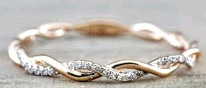 Exquisite Vantage Twists Ring for Sale in Lake Alfred, FL