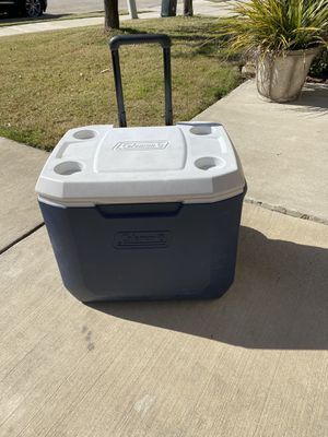 Coleman 45 QT Cooler with Wheels for Sale in Oak Point, TX