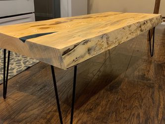 Live Edge Coffee Table. for Sale in Seattle,  WA