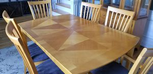 Dining table with 6 chairs & hutch for Sale in Murfreesboro, TN
