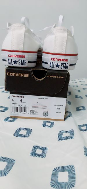 Converse low top white Size 4 for Sale in Bronx, NY