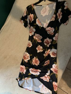 cute short dress size Large stretchy for Sale in Lynwood, CA