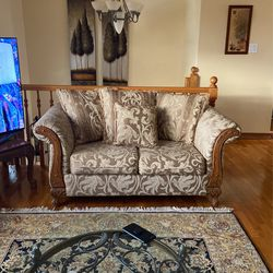 Beautiful Luxury Antique Couch Set + A 3 Seater Not Pictured for Sale in Ringwood,  NJ