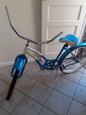 Schwinn bike beach cruiser for Sale in Los Angeles, CA