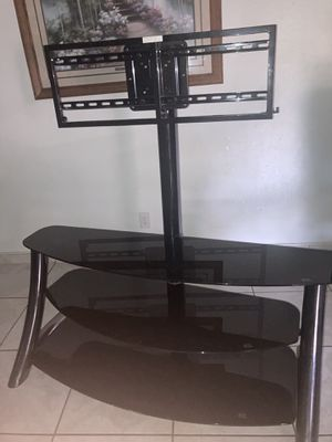 Samsung 45-55 inch Tv mount entertainment center stand for Sale in Fresno, CA