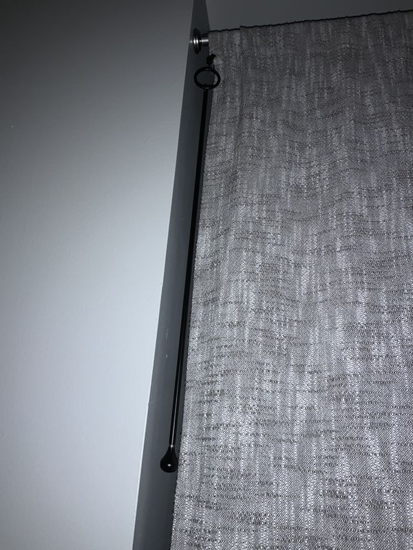Umbra Drapery Puller - attach to curtain on rods and pull to open and close curtains - 2 bronze and 2 silver colored