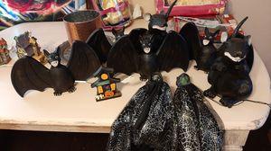 plastic Halloween figures for Sale in Moreno Valley, CA