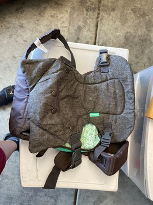 Baby carrier kangaroo for Sale in North Las Vegas, NV