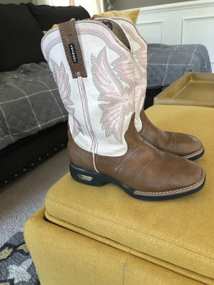 Little girls Cinch cowgirl boots size 2 for Sale in Farmingdale, NJ