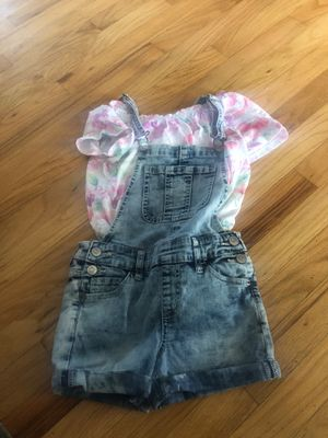 Justice overalls outfit size 8 for Sale in Livonia, MI