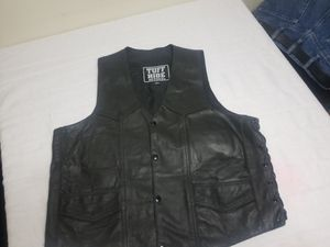 Tuff Hide Leather Vest with side lacing. for Sale in Santa Fe, TX