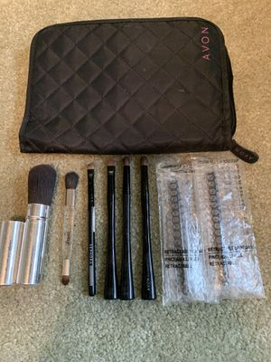 Avon Makeup Brush Organizer & Brushes, Lot for Sale in Diamond Bar, CA