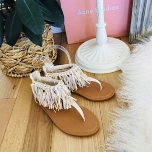 Size8 Brand New Sandals Fringes Thong Flats Suede Tassel for Sale in Las Vegas, NV