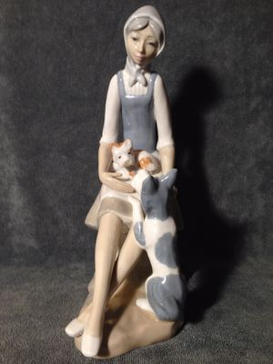 LLADRO figurine for Sale in Prospect Heights, IL