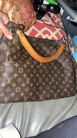 Louis Vuitton bag ( authentic bag from Paris ) 💼🎄 for Sale in Houston, TX