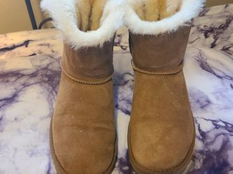 Bailey Ugg Boots for Sale in Beaverton,  OR