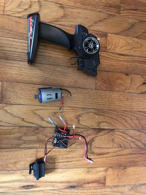 Brushed motor groupset includes motor, receiver, servo, on/off switch, circuit board and remote for Sale in Columbia, SC
