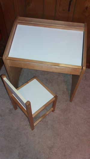 Kids desk for Sale in Parma, OH