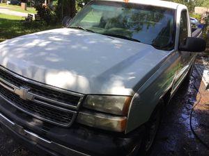 2006 Chevy Silverado for Sale in Tampa, FL