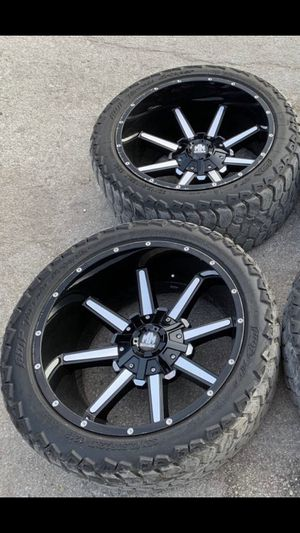 "22x12 Off Road Rims & 33x12.50r22 Tires 22"" Wheels 6 Lug Universal Bolt pattern will Fit Ford F150 , Chevy Silverado, GMC Sierra , Toyota Tacoma / 4R for Sale in Dallas, TX"