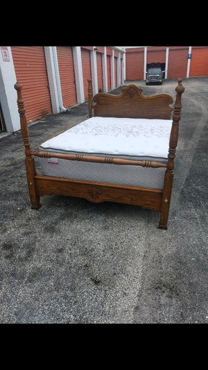 Ethan Allen Queen Bed With Mattress for Sale in Sunrise, FL