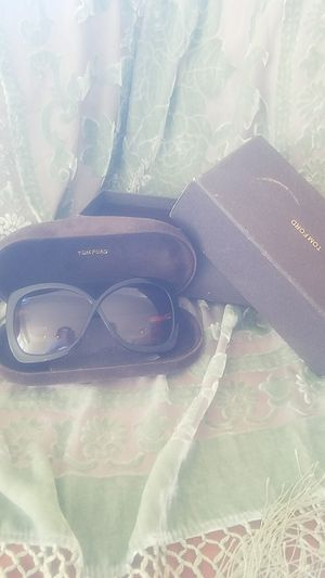 TOMFORD sunglass for Sale in Los Angeles, CA