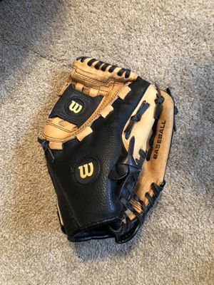 Wilson Protege A350 Baseball Glove for Sale in Richardson, TX