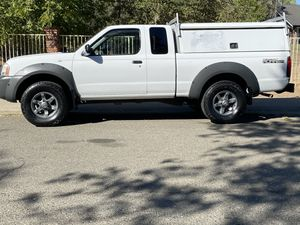 01 Nissan pick up for Sale in Fair Oaks, CA