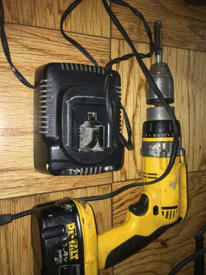 FLEXVOLT 60-Volt MAX Lithium-Ion Cordless Brushless 1/2 in. Mixer/Drill with E-Clutch with Battery 2.0Ah, Charger for Sale in Adelphi, MD