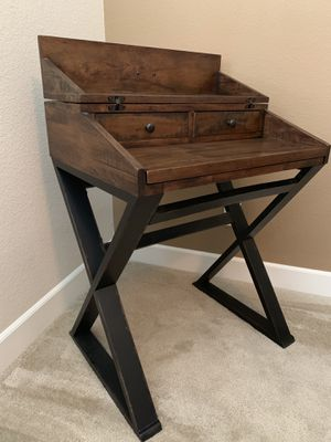 Secretary desk (chair is free) for Sale in Manteca, CA