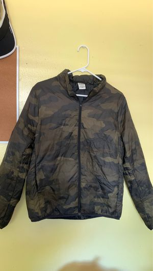 VS Pink Puffer Jacket for Sale in Modesto, CA