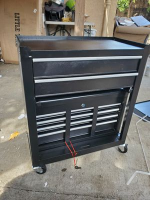 Tool Box for Sale in Bell Gardens, CA