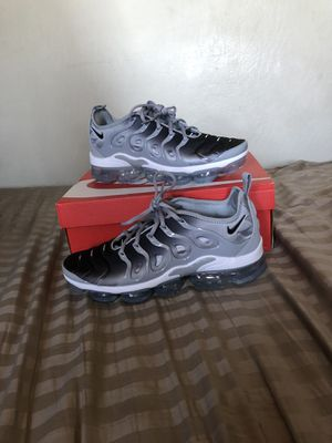 Nike vapormax plus wolf grey for Sale in Redwood City, CA