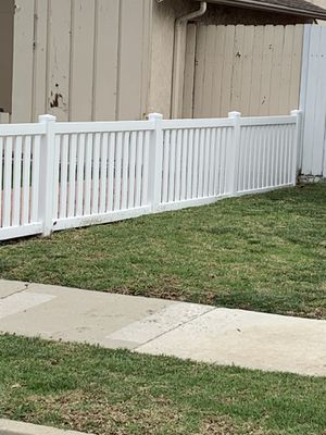 Vinyl fencing for Sale in Long Beach, CA