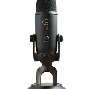 Blue Yeti USB Mic for Recording & Streaming on PC and Mac, 3 Condenser Capsules, 4 Pickup Patterns, Headphone Output and Volume Control, Mic Gain Cont for Sale in Walnut, CA