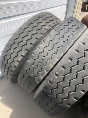 R11 22.5 Tractor truck tires for Sale in Dallas, TX