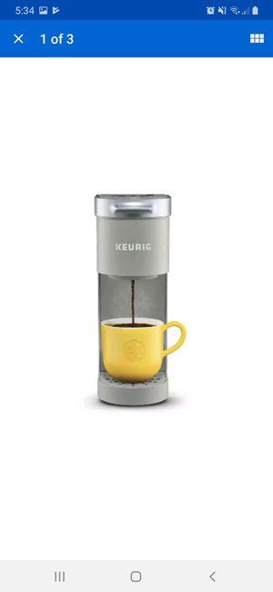 Keurig K-Mini Coffee Maker, Single Serve K-Cup Pod Coffee Brewer, Studio Gray for Sale in Henderson, NV