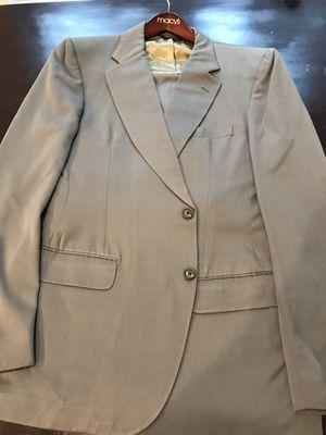 Men's Olive Green Burberry suit for Sale in Apopka, FL