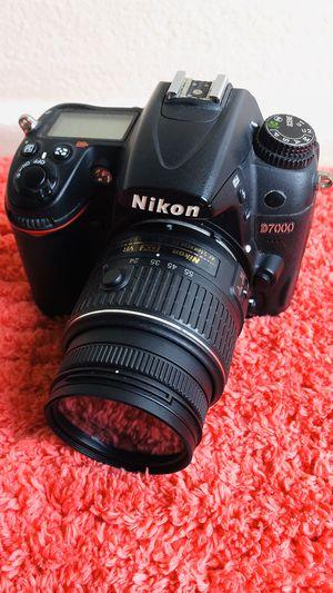 Nikon D7000 16.2 Megapixel Digital SLR Camera with 18-55mm Lens (Black) for Sale in Garden Grove, CA