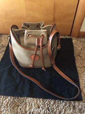 Dooney & Bourke hand bag for Sale in Ozark, MO
