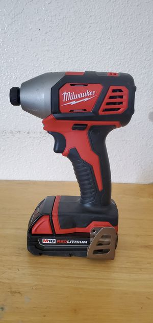 IMPACT DRILL MILWAUKEE (1) 2.0 Batteri for Sale in Phoenix, AZ