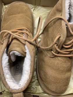 Ugg's In Size 5 for Sale in Raleigh,  NC