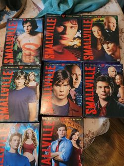 Smallville Complete Series 1 - 8 for Sale in San Bernardino,  CA