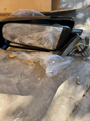 Driver side OEM mirror for Sale in Lake View Terrace, CA