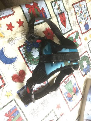 Blue Camouflage dog harness. New, no tag. for Sale in Biloxi, MS